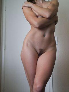 Подборка полуголых девиц с красивой фигурой в домашних условиях секс фото и порно фото