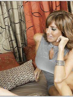 Парень кончил в рот 50-летней бабе после вагинального секса секс фото и порно фото
