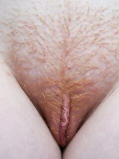 Частные снимки рыжих девушек и их волосатых кисок крупным планом секс фото и порно фото