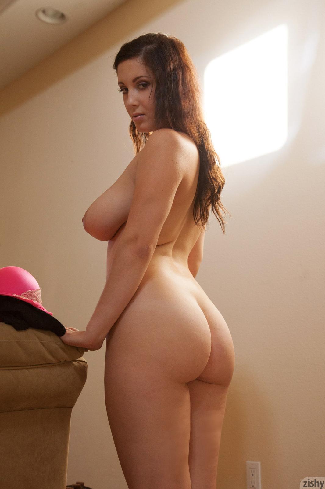 Горячие пышки с большими задницами и титьками секс фото и порно фото
