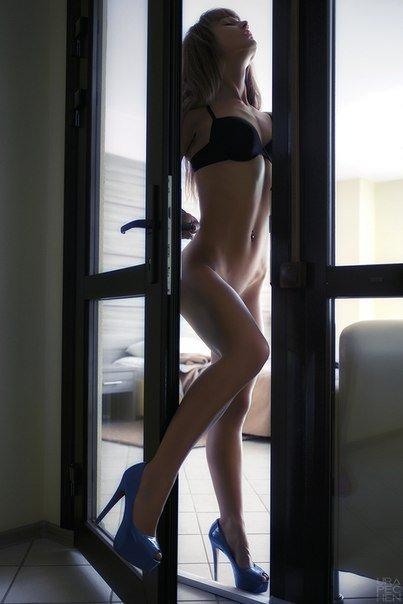 Подборка гламурных девиц голышом из сети секс фото и порно фото