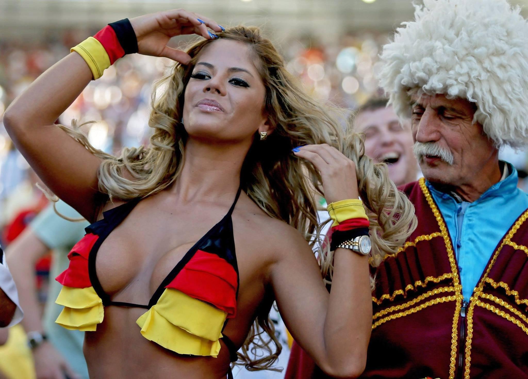 Сборник грудастых болельщиц с чемпионата мира по футболу секс фото и порно фото