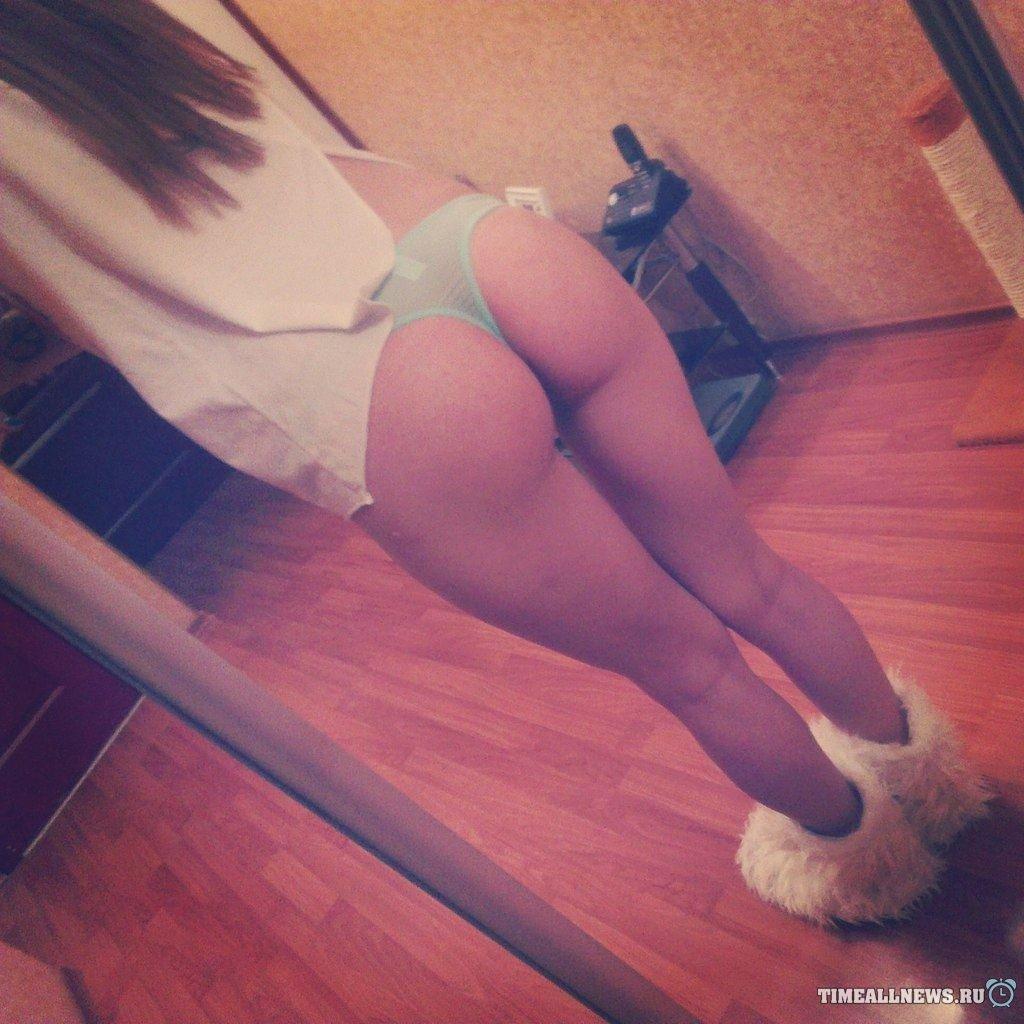 Коллекция селфи голых телок из инстаграма и фейсбука секс фото и порно фото