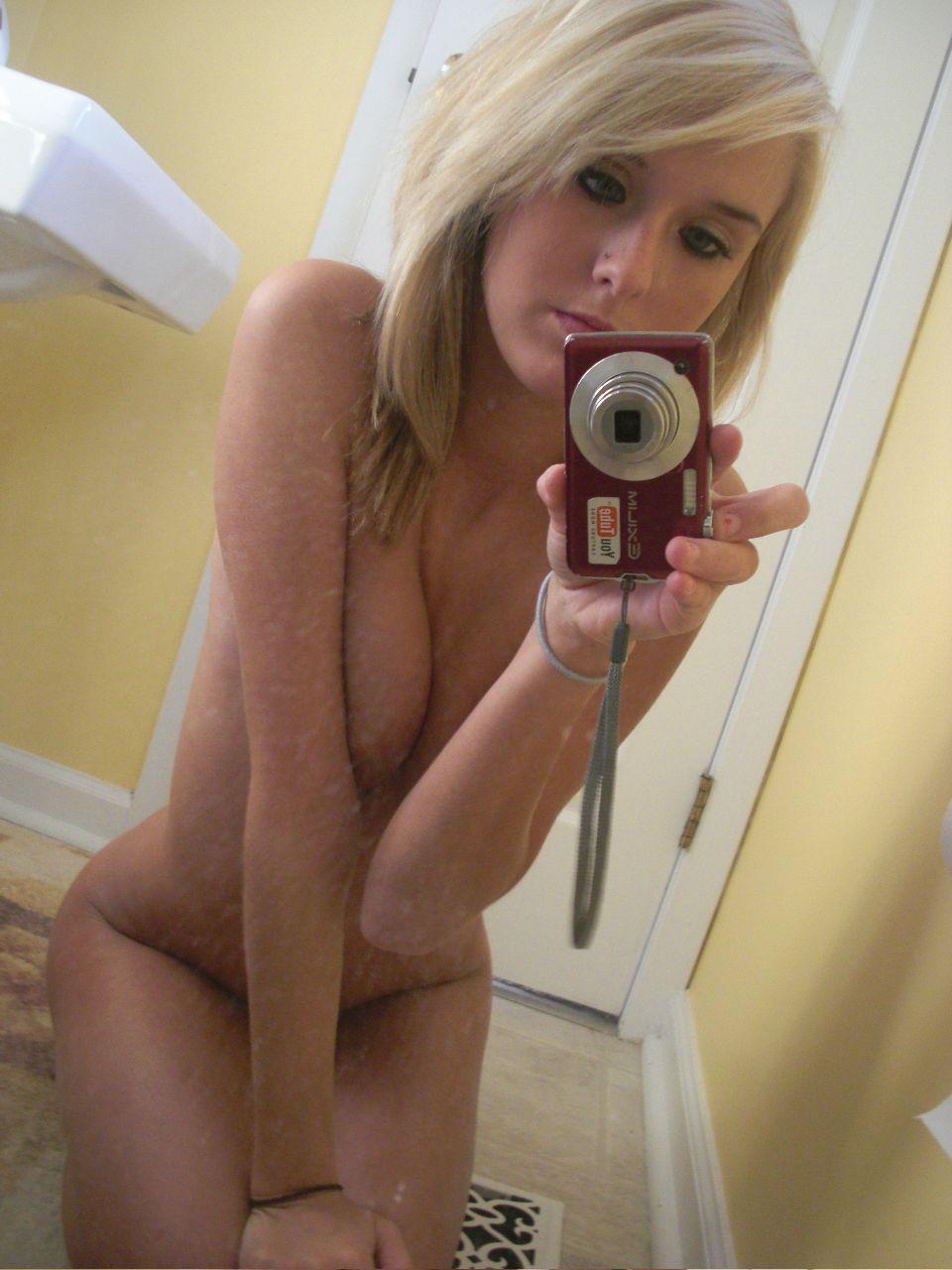 Домашние селфи больших доек американских студенток секс фото и порно фото