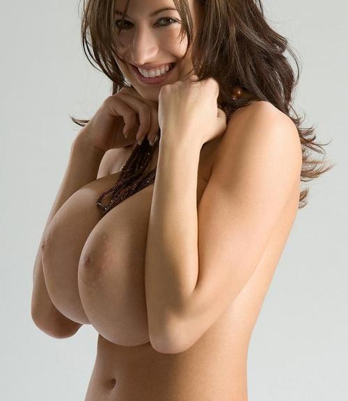 Подборка телок и мамочек с огромными от природы сиськами секс фото и порно фото